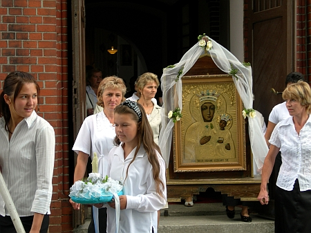 matki kościoła kostrzyn